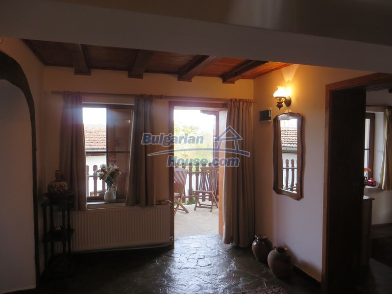 12637:68 - Beautiful 4 bedroom property with stunning mountain views, Elena