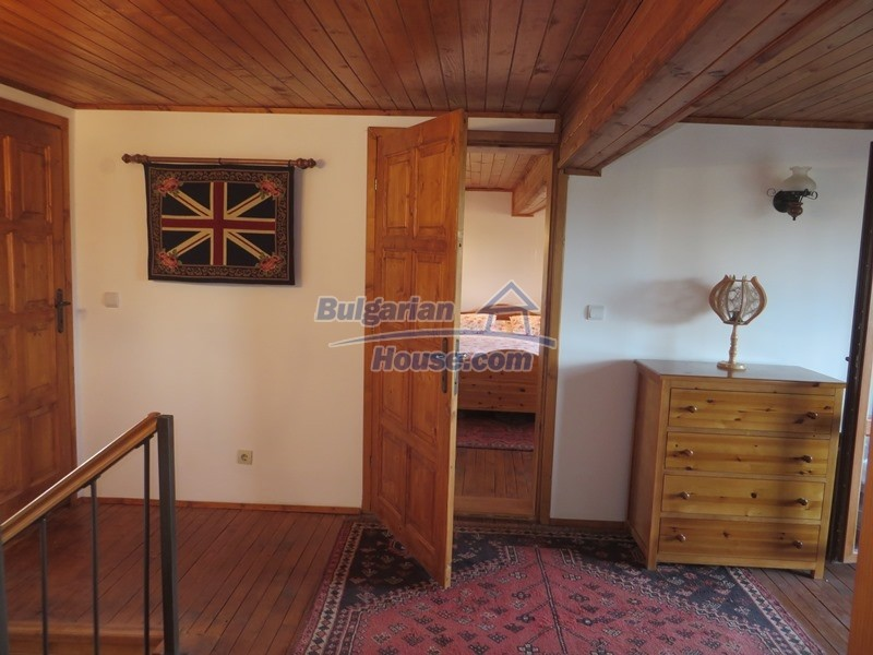 12637:65 - Beautiful 4 bedroom property with stunning mountain views, Elena