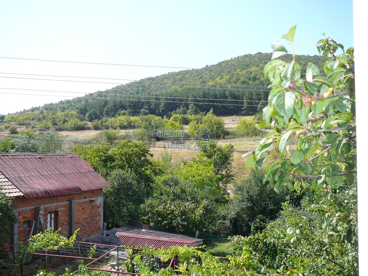 12533:10 - Bulgarian house -beautiful views, surroundings-50km to Plovdiv