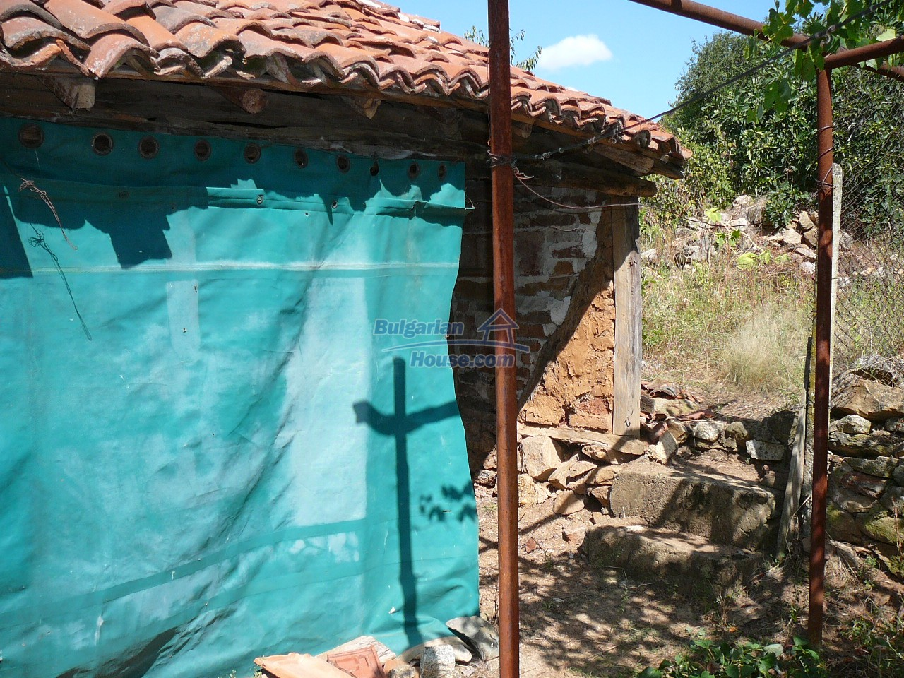 12533:25 - Bulgarian house -beautiful views, surroundings-50km to Plovdiv