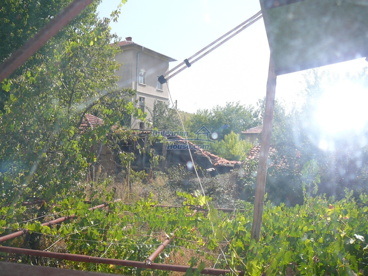 12533:22 - Bulgarian house -beautiful views, surroundings-50km to Plovdiv