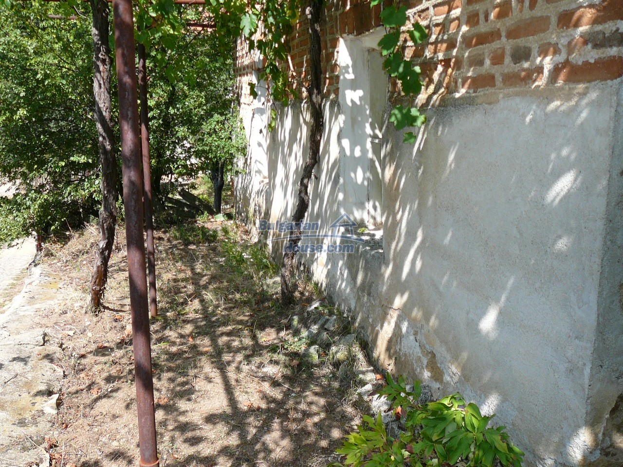 12533:33 - Bulgarian house -beautiful views, surroundings-50km to Plovdiv