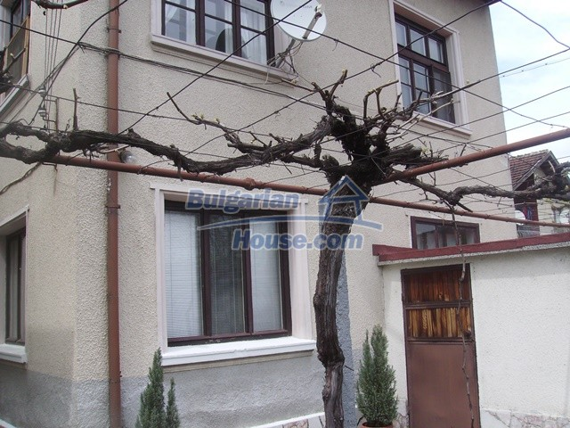 11124:16 - Large beautiful house very close to Sofia and the Rila Mountain