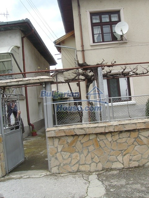 11124:18 - Large beautiful house very close to Sofia and the Rila Mountain