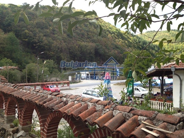 11068:16 - Business property near a mountain, excellent investment