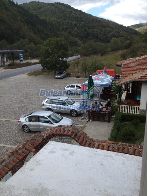 11068:6 - Business property near a mountain, excellent investment