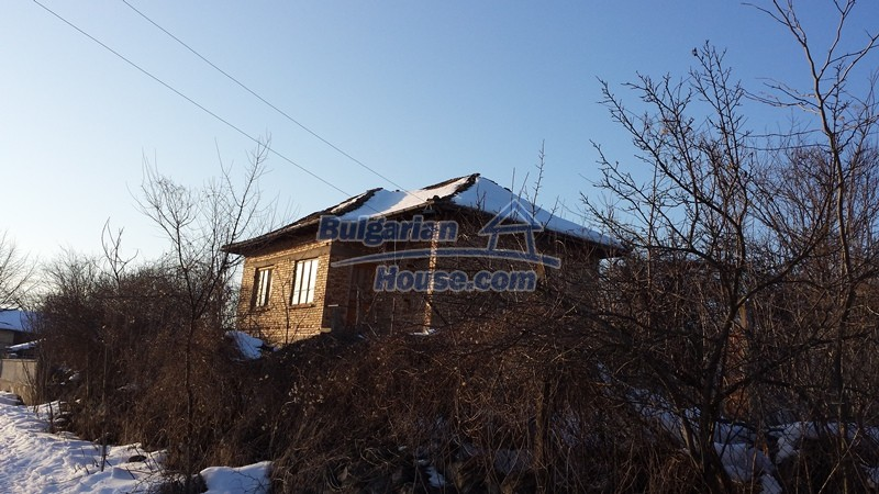 12300:23 - Cheap property for sale with lovely views near Popovo & Ruse