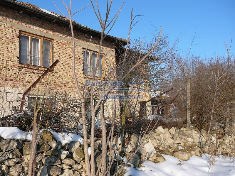 12300:26 - Cheap property for sale with lovely views near Popovo & Ruse