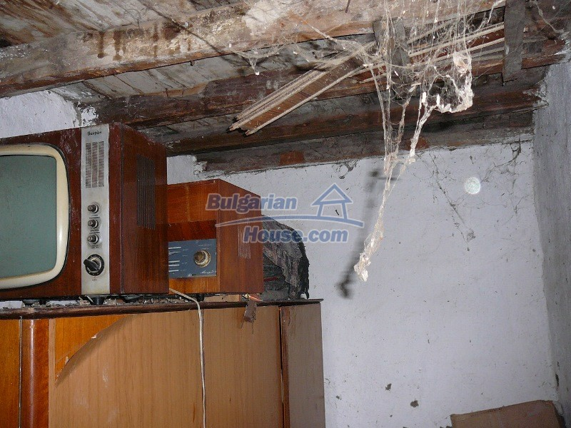 12300:66 - Cheap property for sale with lovely views near Popovo & Ruse
