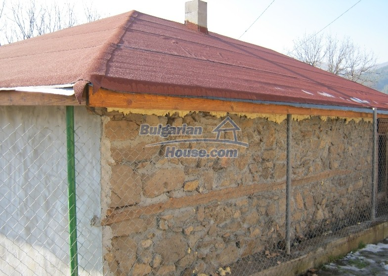 12032:14 - Nice authentic house near Sofia at advantageous price