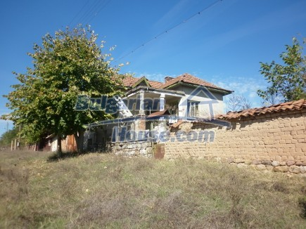 12751:1 - Cheap House for sale  25 km from Vratsa with nice lovely views