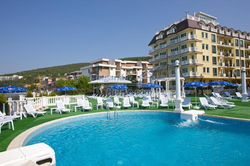 12746:3 - LuXURY studio apartment in Elenite, Sveti Vlas -FIRST LINE BEACH