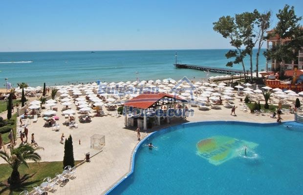 12746:4 - LuXURY studio apartment in Elenite, Sveti Vlas -FIRST LINE BEACH