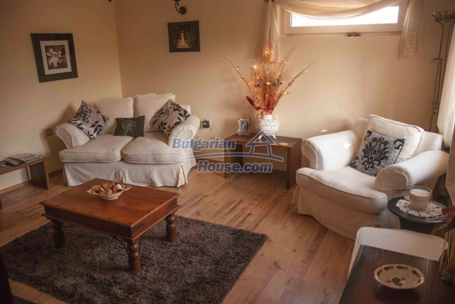 12610:9 - Fully furnished and renovated house 70km to the coast and Varna