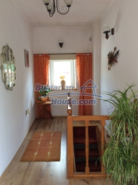 12610:6 - Fully furnished and renovated house 70km to the coast and Varna