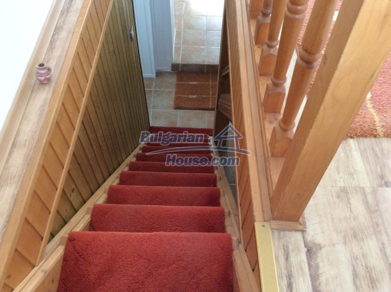 12610:21 - Fully furnished and renovated house 70km to the coast and Varna