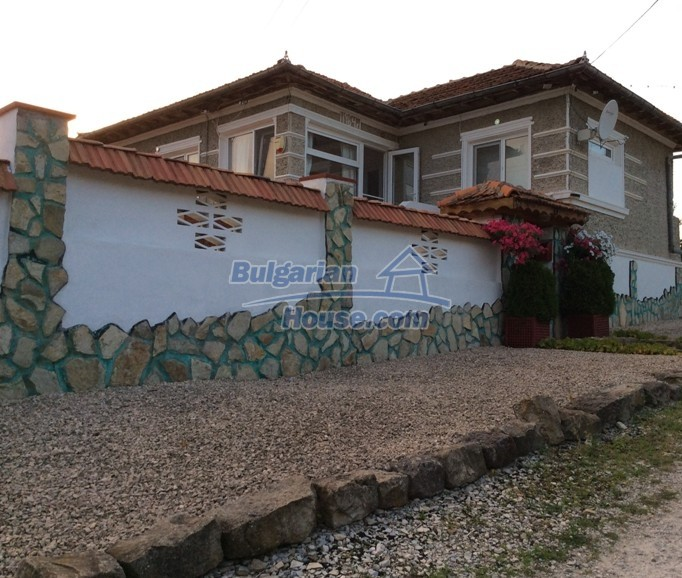 12610:30 - Fully furnished and renovated house 70km to the coast and Varna