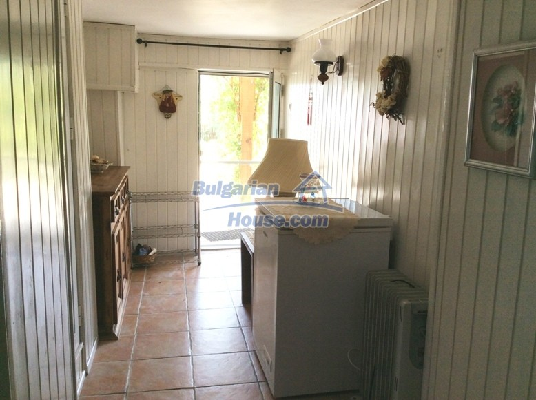 12610:28 - Fully furnished and renovated house 70km to the coast and Varna