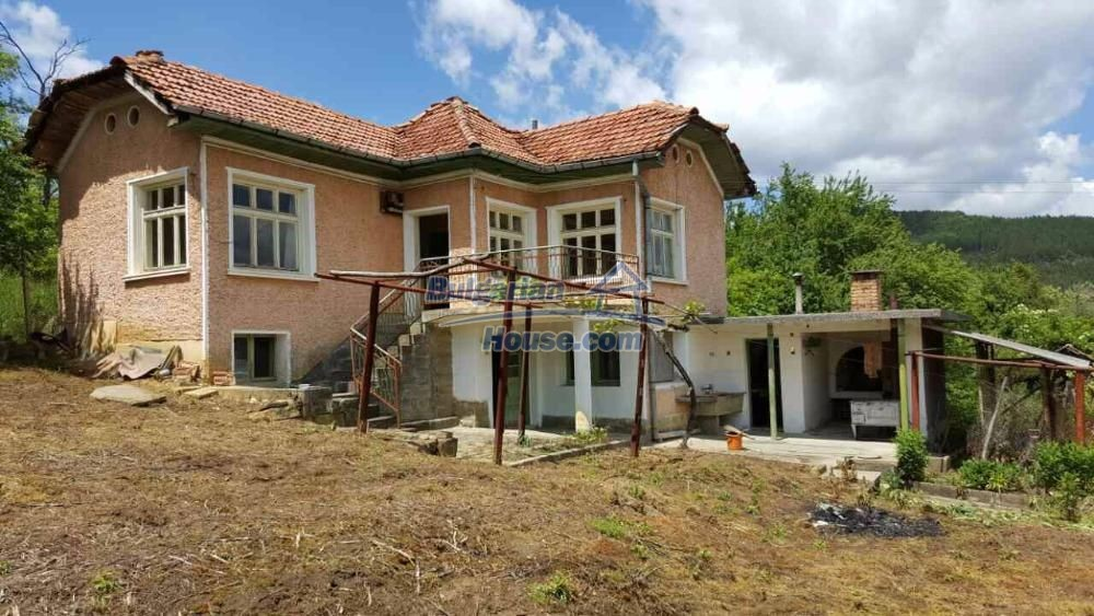 12673:5 - House with stunning mountain views in Gabrovo region