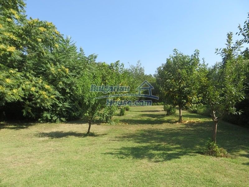 12586:8 - Lovelly Bulgarian house 24km from Veliko Tarnovo 3500sq.m.garden