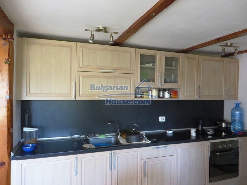 12586:20 - Lovelly Bulgarian house 24km from Veliko Tarnovo 3500sq.m.garden