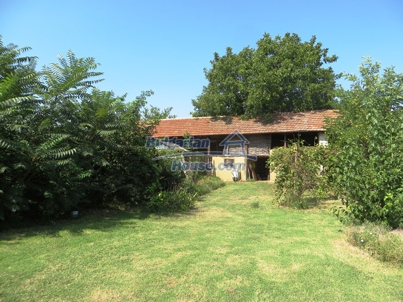 12586:17 - Lovelly Bulgarian house 24km from Veliko Tarnovo 3500sq.m.garden