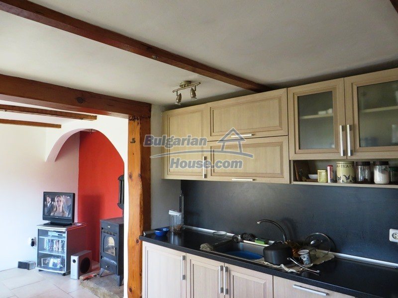 12586:22 - Lovelly Bulgarian house 24km from Veliko Tarnovo 3500sq.m.garden