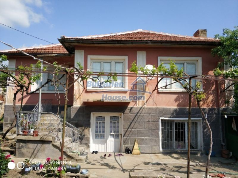 12777:2 - Village home for sale in Stara Zagora region with big garden