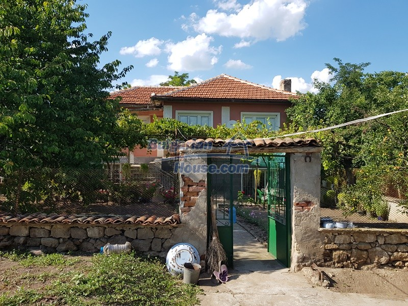 12777:8 - Village home for sale in Stara Zagora region with big garden