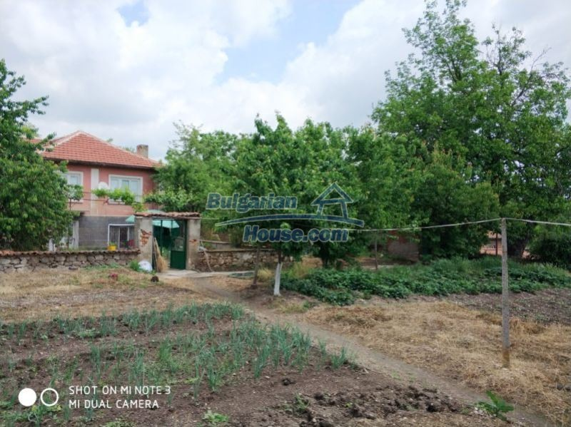 12777:5 - Village home for sale in Stara Zagora region with big garden