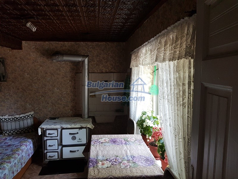 12777:14 - Village home for sale in Stara Zagora region with big garden