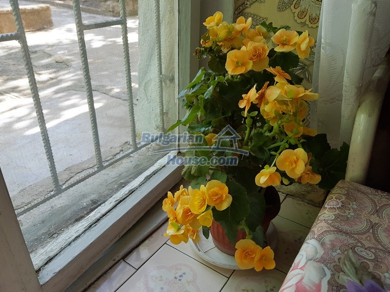 12777:28 - Village home for sale in Stara Zagora region with big garden