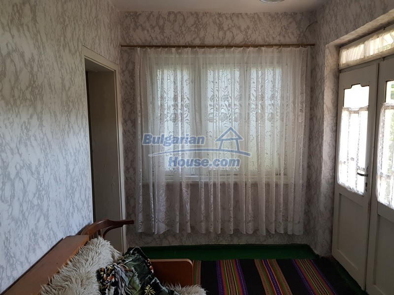 12777:39 - Village home for sale in Stara Zagora region with big garden