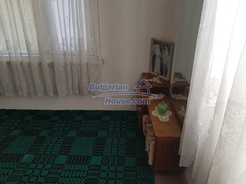 12777:34 - Village home for sale in Stara Zagora region with big garden