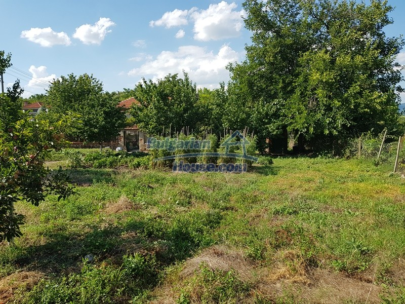 12777:57 - Village home for sale in Stara Zagora region with big garden