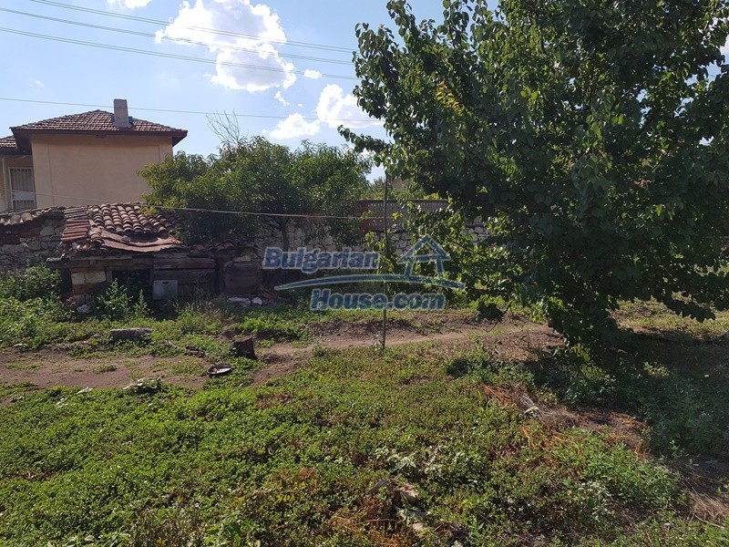 12777:59 - Village home for sale in Stara Zagora region with big garden