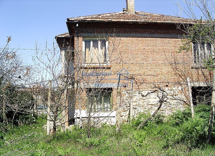 11122:7 - Solid cheap rural house in very good condition, Yambol region