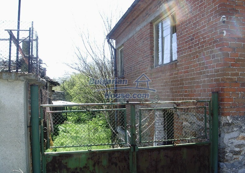11122:12 - Solid cheap rural house in very good condition, Yambol region