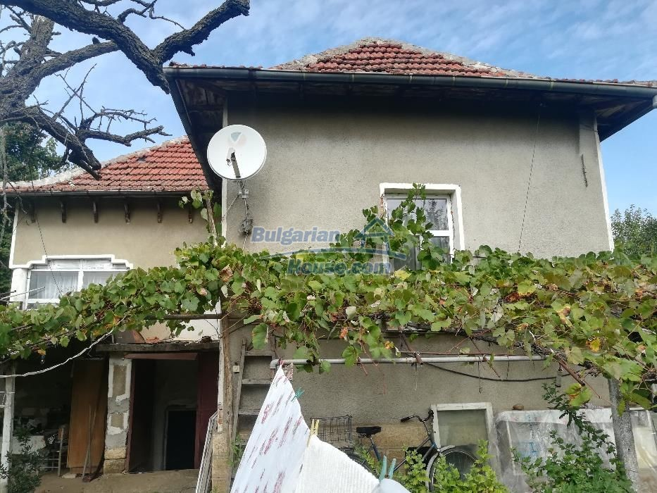 12736:1 - Renovated Bulgarian property for sale with big garden - Vratsa