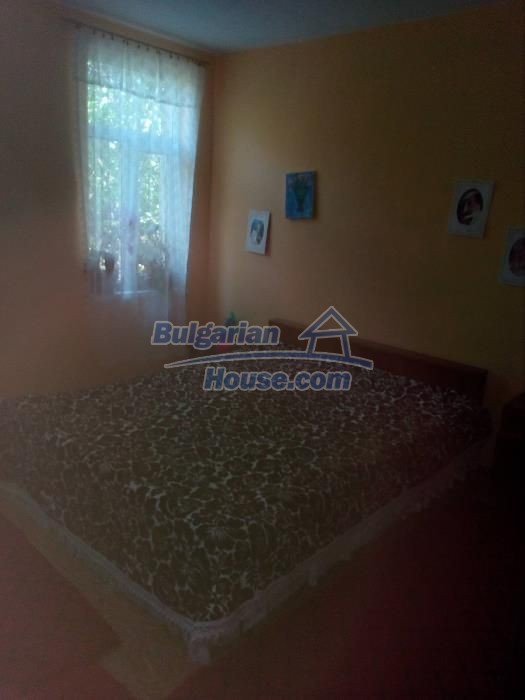 12736:10 - Renovated Bulgarian property for sale with big garden - Vratsa