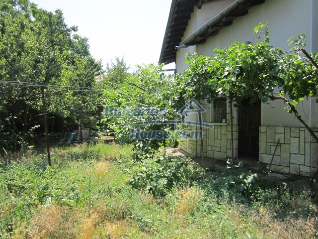 11098:10 - Massive house with an enormous garden, incredible countryside