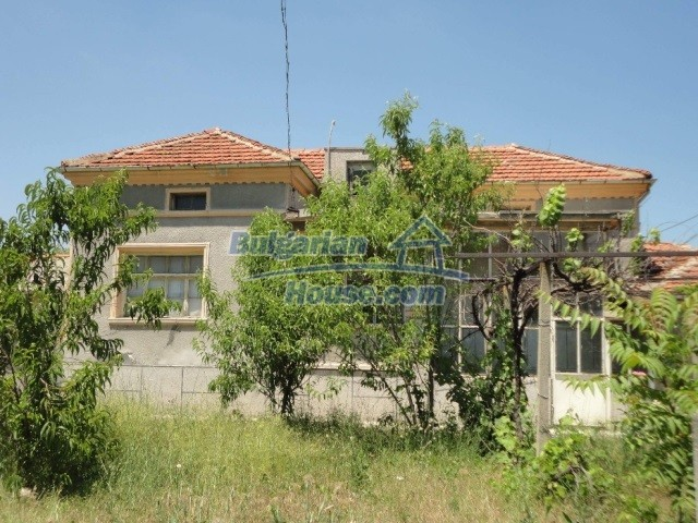 12740:1 - Cheap cosy house in Granit village 50 km from Plovdiv
