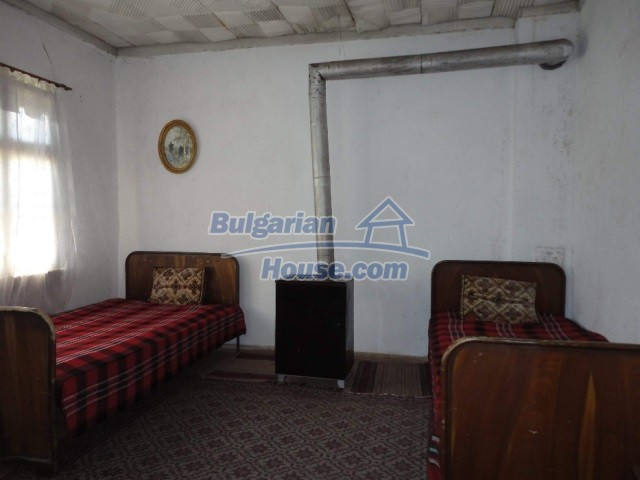 12740:10 - Cheap cosy house in Granit village 50 km from Plovdiv