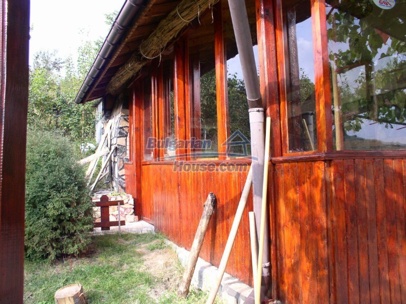 11627:8 - Cozy Bulgarian property with mountain views 50km from Sofia