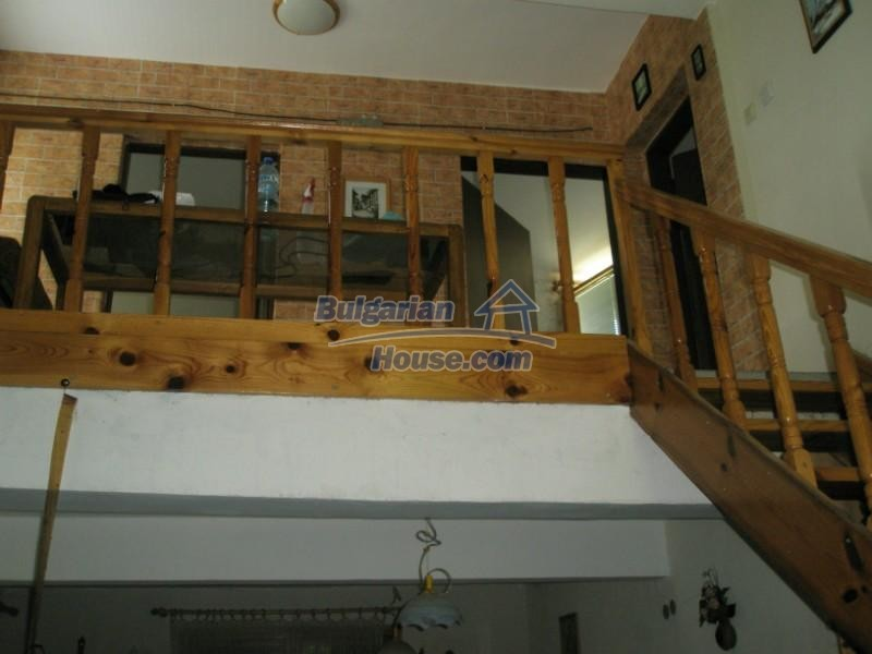 11627:5 - Cozy Bulgarian property with mountain views 50km from Sofia