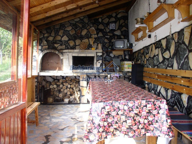 11627:7 - Cozy Bulgarian property with mountain views 50km from Sofia