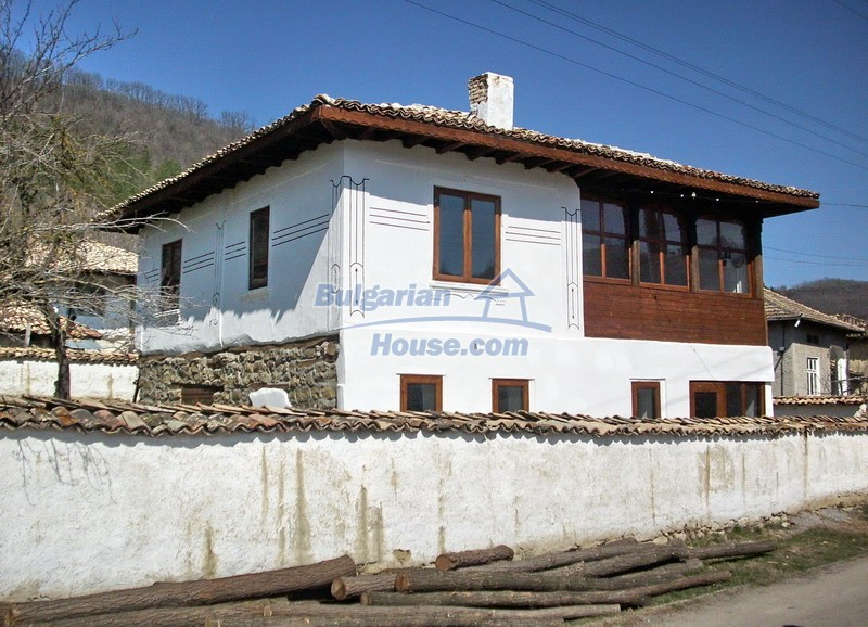 12047:27 - Charming authentic house in Targovishte region