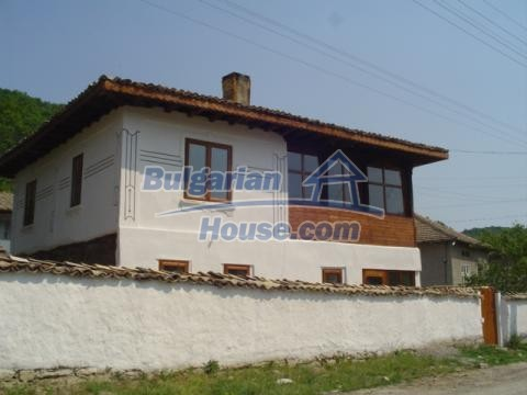 12047:13 - Charming authentic house in Targovishte region
