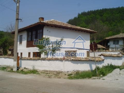 12047:12 - Charming authentic house in Targovishte region