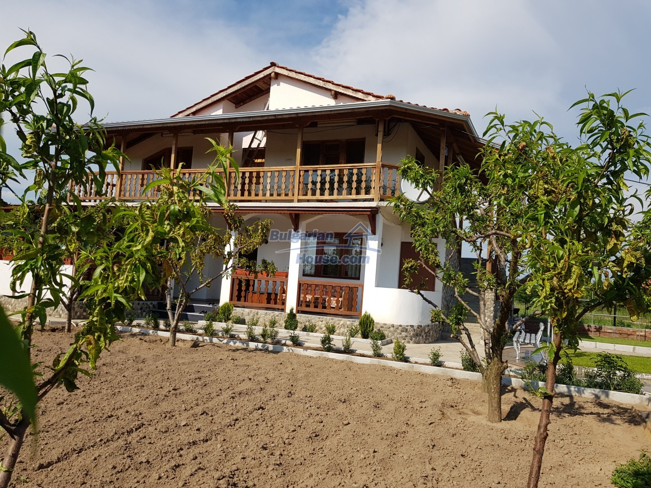 12730:1 - Two storey house for sale 35 km from Plovdiv with nice views